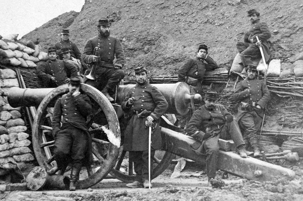 50b3a3e1be4 Image 5  A French artillery crew during the Franco-Prussian War in 1870  wears the style of frock coat and kepi that the Confederate army used as a  model for ...